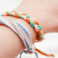 Recreating Pura Vida Bracelets // Easy Friendship Bracelet Tutorial