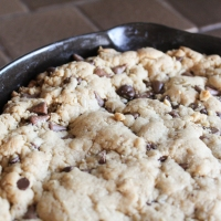 Skillet Cookie Recipe (Quarantine Cooking W/ Moi)